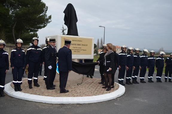 Le rond-point Capitaine Eric Dalle inaugur�